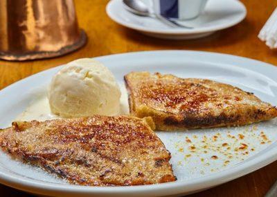 Panqueca Caramelada com Doce de Leite Argentino